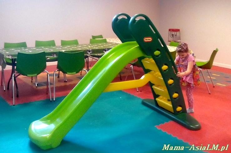 Babyplanet sala zabaw zjeżdżalnia