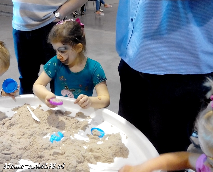 Mamblog II Targi rodzice i dzieciaki  kreatywne maluchy piasek